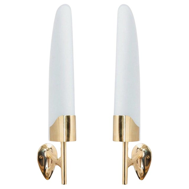 Max Ingrand for Fontana Arte Long Sculptural Brass and Glass Midcentury Modern Sconces, Italy 1950s - a Pair For Sale