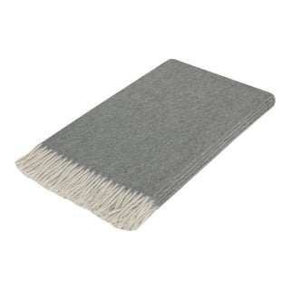 Curated Kravet Lusuosso Cashmere Throw - Charcoal For Sale