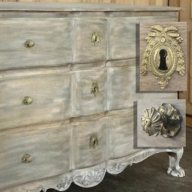 White 18th Century Country French Whitewashed Oak Commode For Sale - Image 8 of 13
