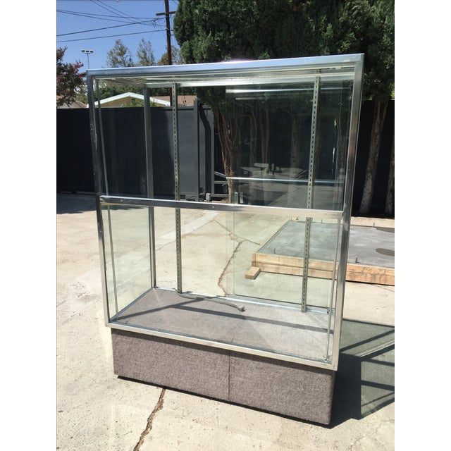 Chrome & Glass Lit Display Cabinet - Image 3 of 6