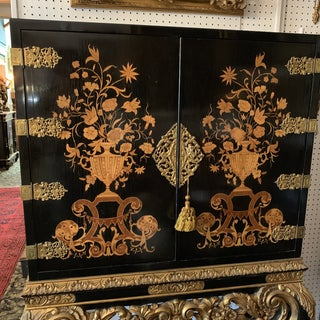 1950s English Traditional Black Lacquered Cabinet Preview