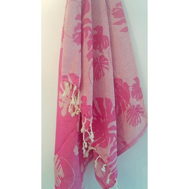'Rio' Fuchsia Cotton Throw/Towel - Image 6 of 6