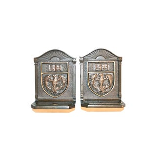 University of Chicago Bookends 1920s - a Pair For Sale