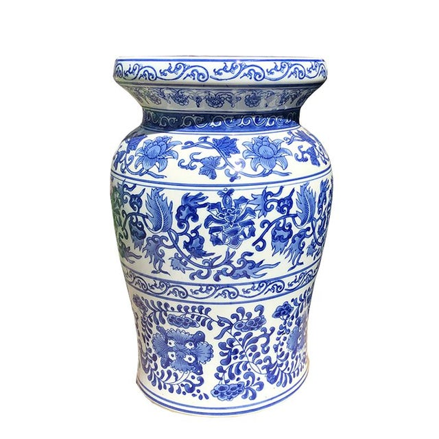 1930s 1930s Vintage Blue and White Chinoiserie Ceramic Floral Garden Stool Patio Entertaining Seating For Sale - Image 5 of 5