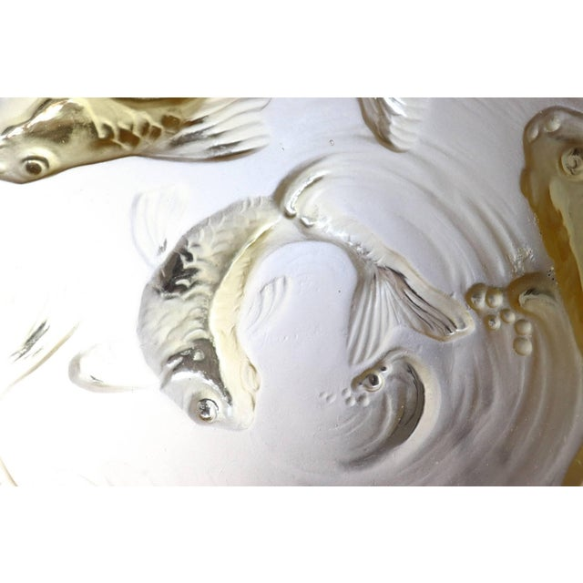Glass 20th Century Art Deco Verlys Glass French Plate in Amber Colored With Fishes For Sale - Image 7 of 11