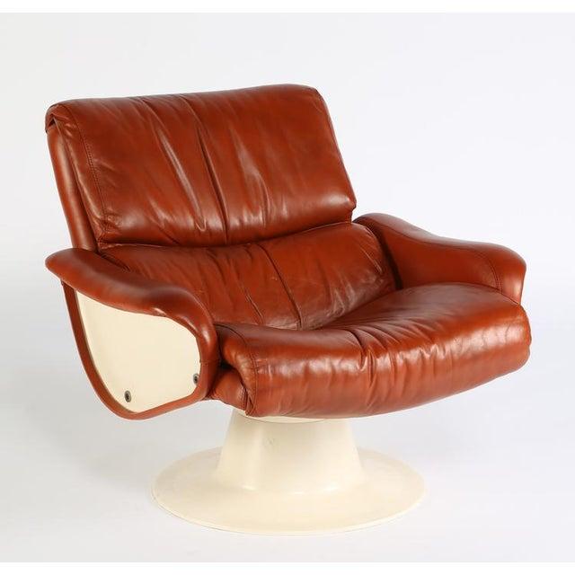 "Mid-Century Modern 1960'S vintage YRJO KUKKAPURO ""SATURN"" LOUNGE CHAIRS- a pair For Sale - Image 3 of 10"