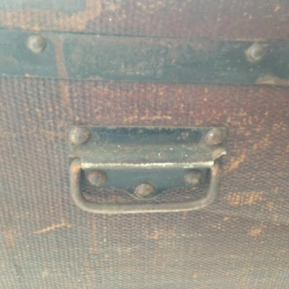 Vintage Distressed Trunk - Image 6 of 7