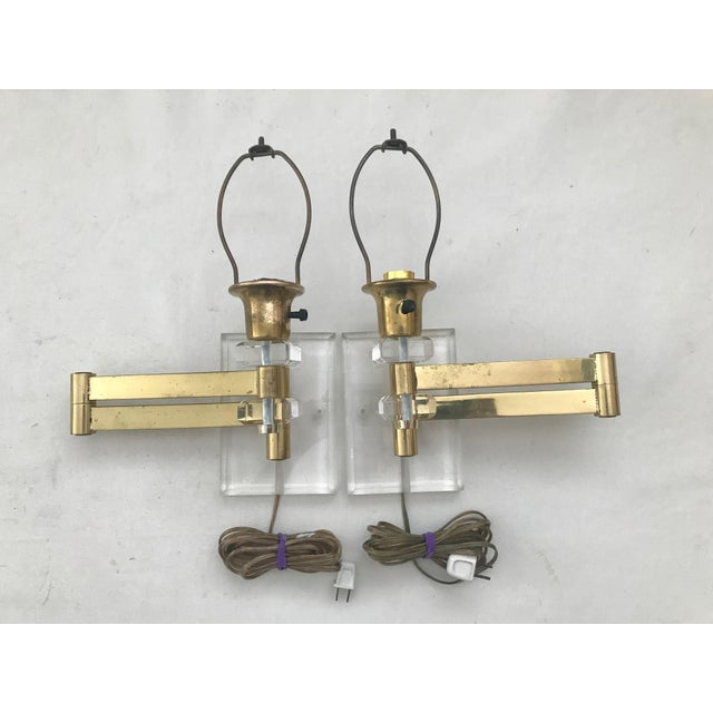 Walter Von Nessen Karl Springer Style Lucite Acrylic Brass Wall Sconces - a Pair For Sale In Miami - Image 6 of 10