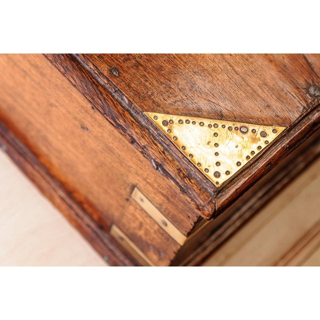 Late 19th Century Oak box For Sale - Image 5 of 8