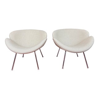 Pair of Vintage Tulips Chairs With Newly Upholstered For Sale
