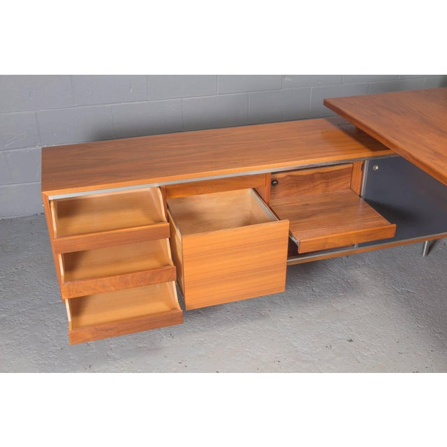 George Nelson Executive L-Shaped Desk Unit by George Nelson for Herman Miller For Sale - Image 4 of 10
