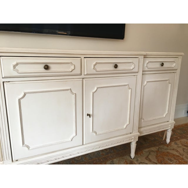 French Louis XVI Credenza For Sale - Image 4 of 7