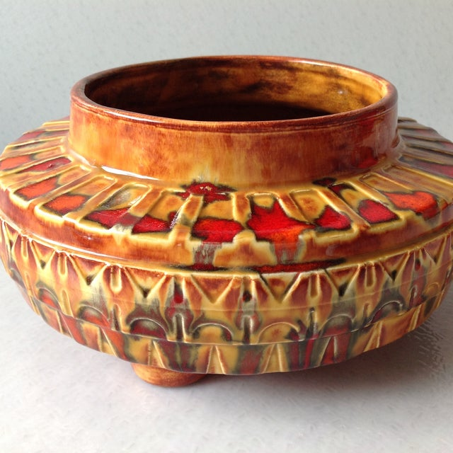 "1970s Brown and Red ""UFO"" Ceramic Planter - Image 4 of 11"