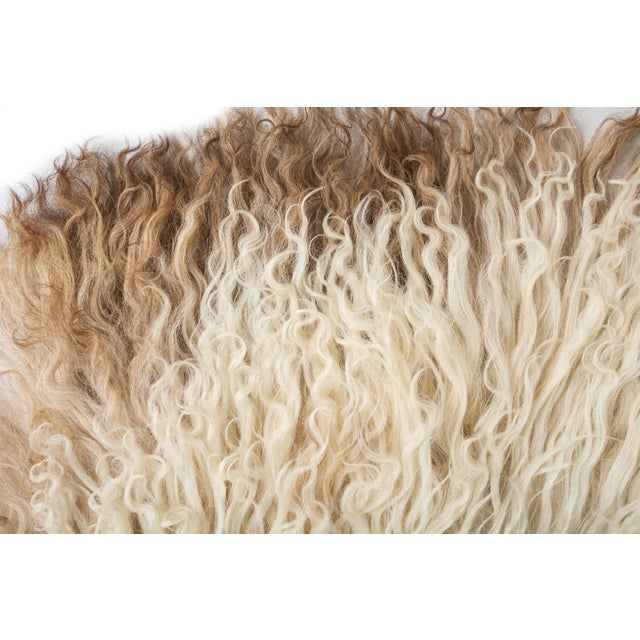 """Contemporary Natural Sheepskin Pelt - 2'2""""x3'6"""" For Sale In Chicago - Image 6 of 7"""