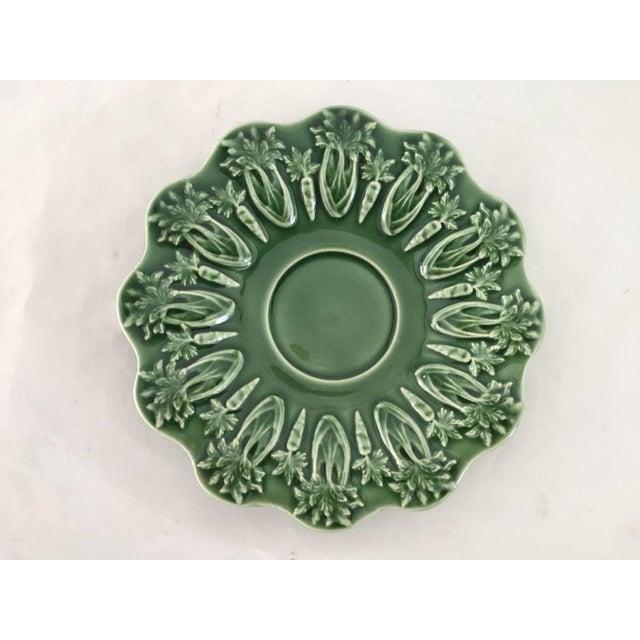 Bordallo Pinheiro Green Majolica Teacups & Saucers - Set of 4 For Sale - Image 4 of 8