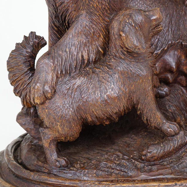 Black Forest Black Forest Carved Mother Dog With Puppies - Brienz Ca. 1900 For Sale - Image 3 of 10