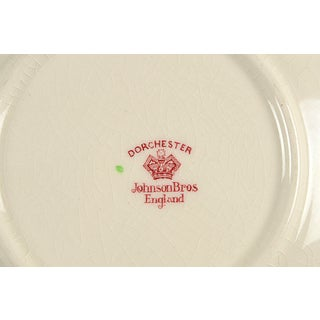 Johnson Brothers Dorchester Round Covered Serving Bowl Preview