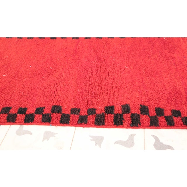 """Boho Chic Boujad Vintage Moroccan Rug - 2'0"""" x 3'7"""" For Sale - Image 3 of 4"""