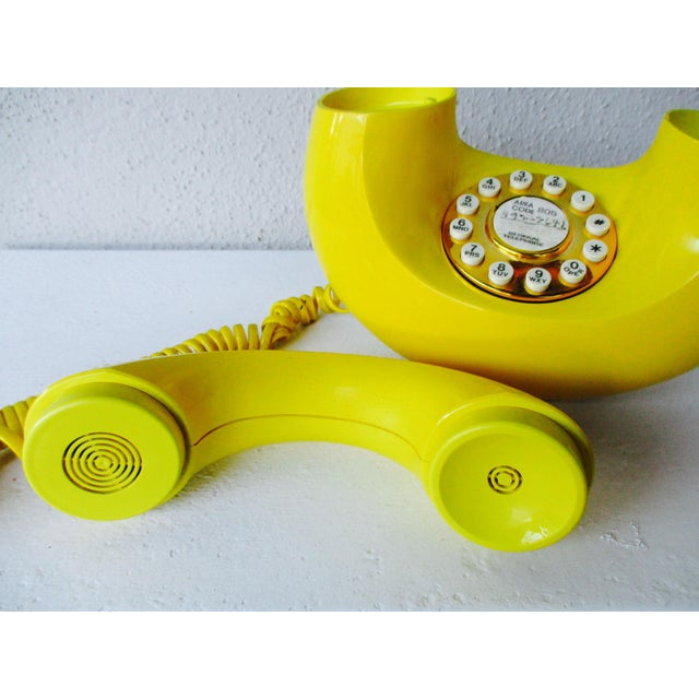 Bright Yellow Sculptura Donut Telephone Phone - Image 5 of 11