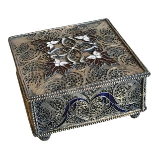 Portuguese Silver Filigree and Enamel Box with Gold Wash For Sale
