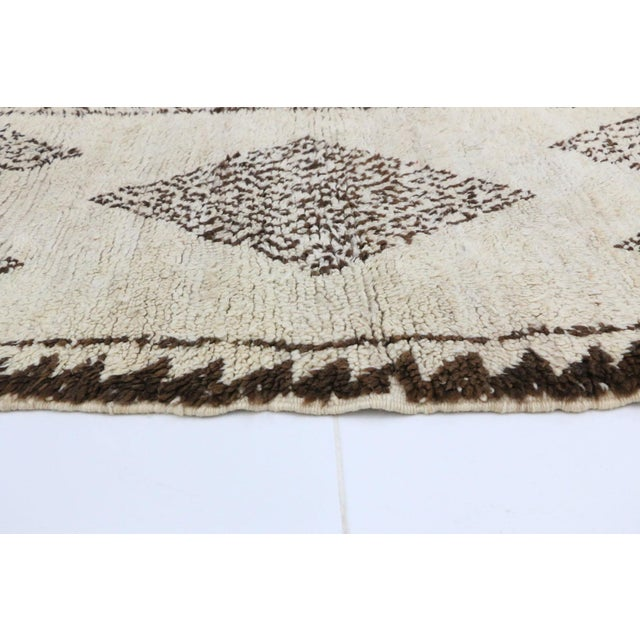 """Azilal Vintage Moroccan Rug, 2'7"""" X 6'0"""" Feet For Sale - Image 4 of 6"""