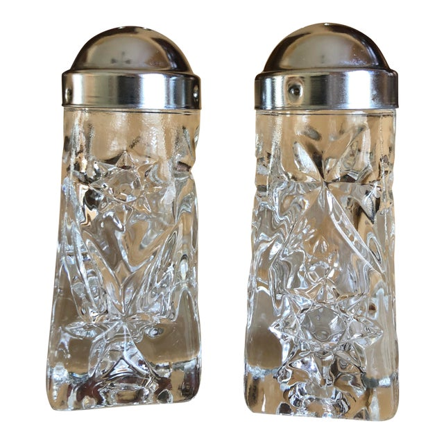 Early American Prescut Eapc Salt & Pepper Shaker Set by Anchor Hocking - a Pair For Sale