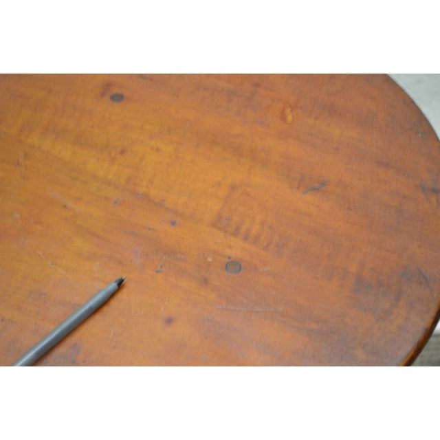 Kensington Furniture Antique Pair of Round English Tavern Tables - Image 9 of 11