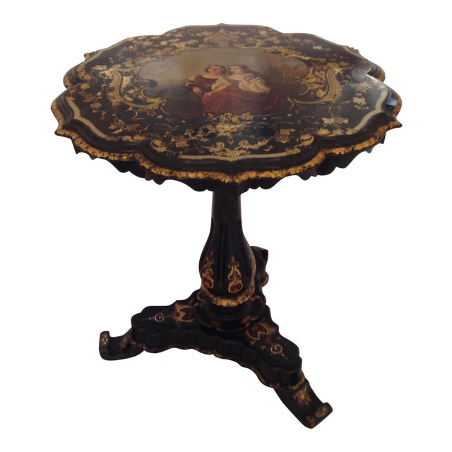 1880s English Traditional Gilt and Lacquer Tilt Top Table For Sale