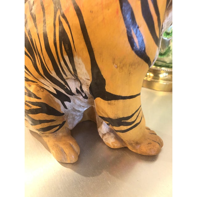 Vintage Hollywood Regency Italian Terracotta Tiger Statue For Sale In West Palm - Image 6 of 13