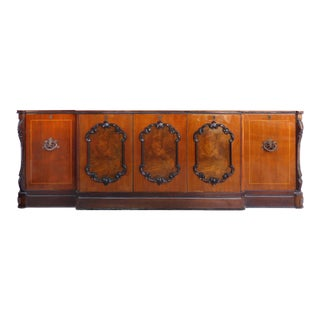 1980s Traditional Wooden Sideboard/Credenza For Sale