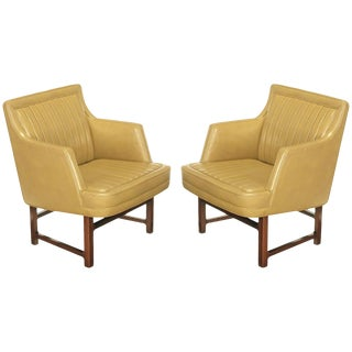 """Pair of Edward Wormley """"Bucket Seat"""" Leather and Mahogany Club Chairs For Sale"""