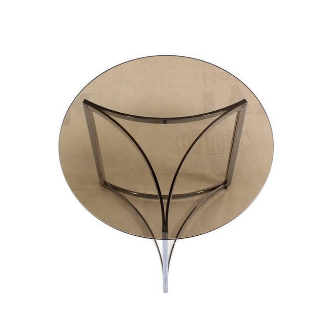 Very nice quality Mid-Century Modern chrome round end or side table.