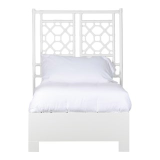 Lattice Back Bed Twin Extra Long - White For Sale
