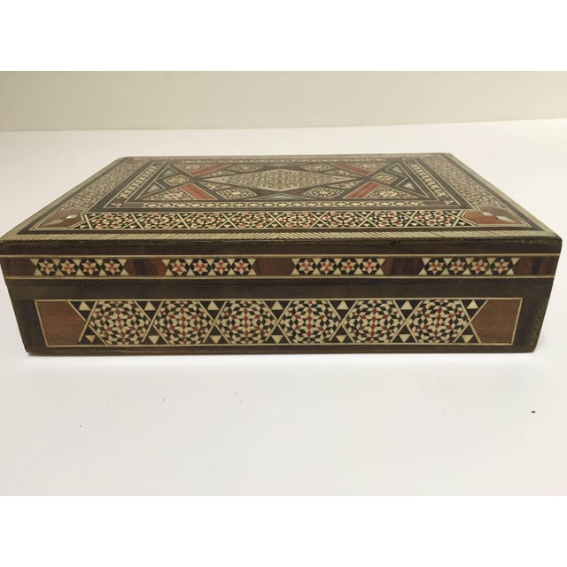 Middle Eastern Syrian Mother of Pearl Inlay Jewelry Box For Sale - Image 10 of 10