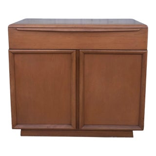 Mid Century Modern Cabinet With Single Drawer by Heywood Wakefield For Sale