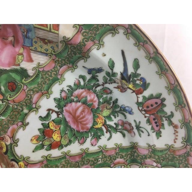 Asian Large 19th Century Rose Medallion Platter For Sale - Image 3 of 10