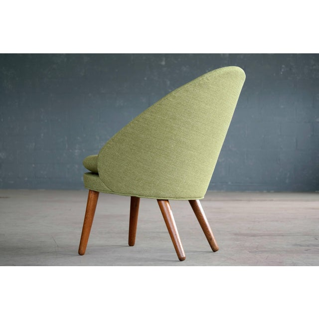 1950s Small Danish Easy Chair Model 301 by Ejvind A. Johansson for Gotfred H. Petersen For Sale - Image 5 of 10