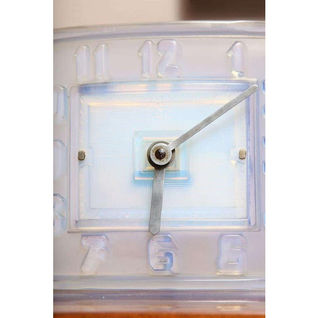 Mid-Century Modern Léon Hatot 'ATO' Opalescent Glass Mantle Clock For Sale - Image 3 of 7