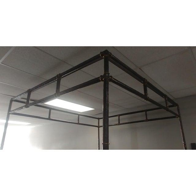 Henredon Henredon Furniture Jeffrey Bilhuber Hammered Metal Bank St Queen Canopy Bed For Sale - Image 4 of 12