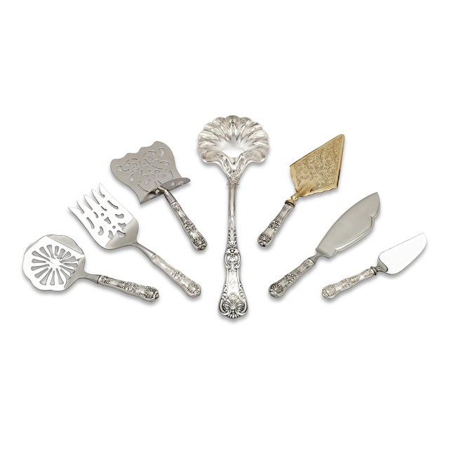 Tiffany and Co. Tiffany & Co. English King Silver Flatware Service, 155 Pieces For Sale - Image 4 of 8