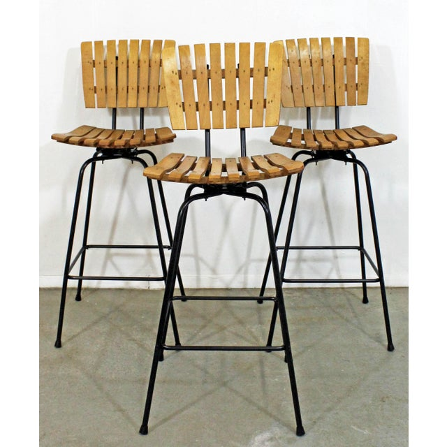 Set of 3 Mid-Century Danish Modern Arthur Umanoff Style Swivel Slat Bar Stools For Sale - Image 11 of 11