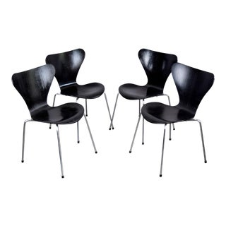 Authentic Fritz Hansen Arne Jacobsen Series Seven Chairs - Set/4