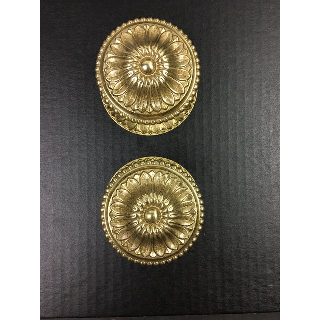 1980s Brass Door Pulls Traditional Floral Pattern - a Pair For Sale In Washington DC - Image 6 of 6