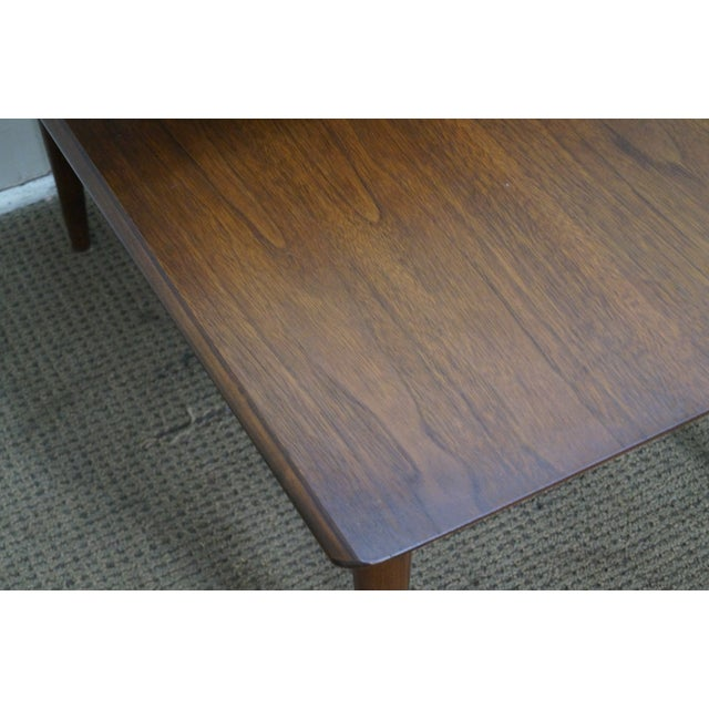 Bassett Mid Century Modern 2 Tier Step End Tables - a Pair For Sale - Image 5 of 10