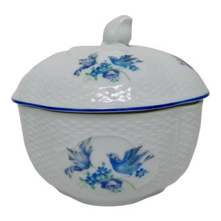 Japanese Porcelain Lidded Bowl For Sale