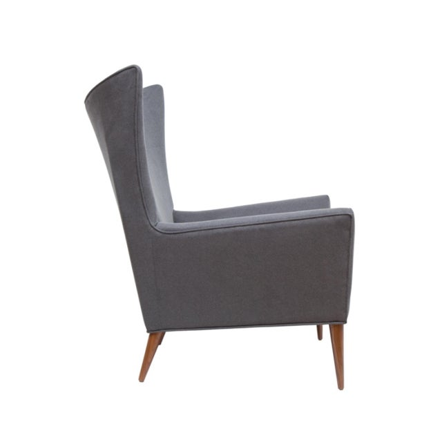 Mid-Century Modern Pair of Morton Curved Back Wing Chairs For Sale - Image 3 of 5