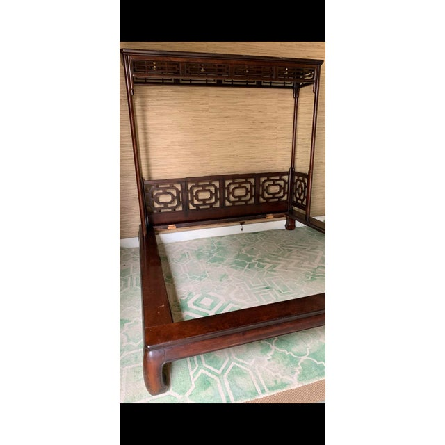 Vintage Chippendale Ming King Bedframe For Sale In Charleston - Image 6 of 11