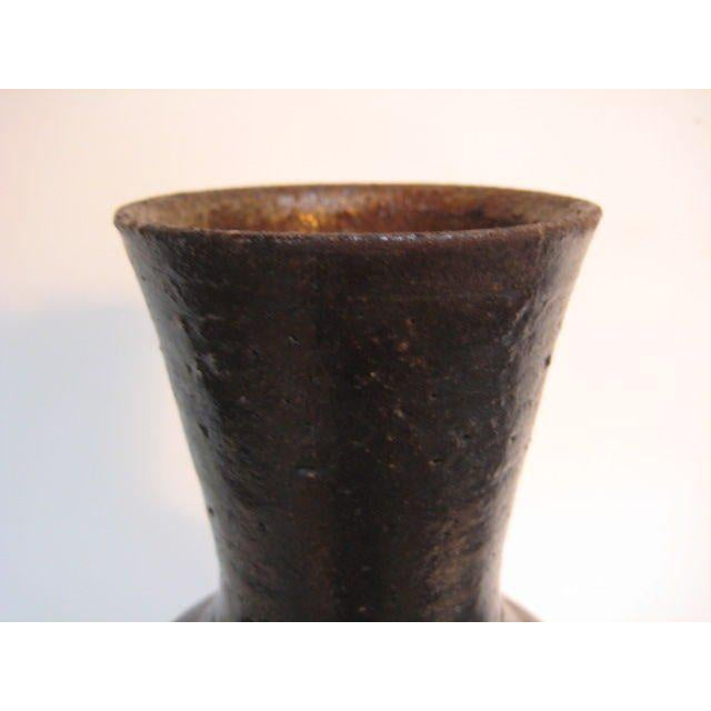 A great ceramic vessel by Frans Wildenhain. Made in the 1960s in the style of mid-century modern.