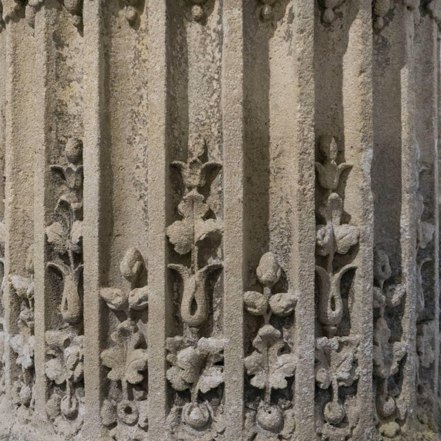 Sculpted Stone Column From the Chateau De Mouchy For Sale - Image 4 of 6