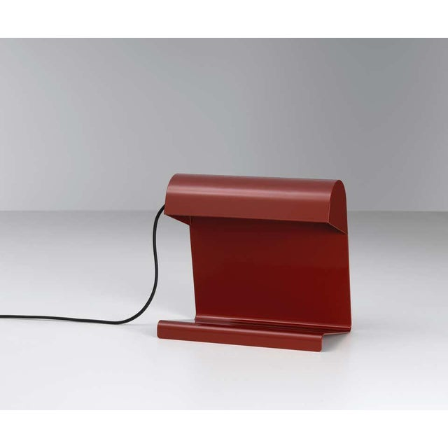 Postmodern Jean Prouvé 'Lampe De Bureau' Table Lamp in Red for Vitra For Sale - Image 3 of 11